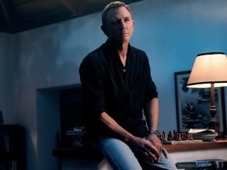 No Time to Die Box Office Shoots Past $300 Million as Bond Film Opens in the US