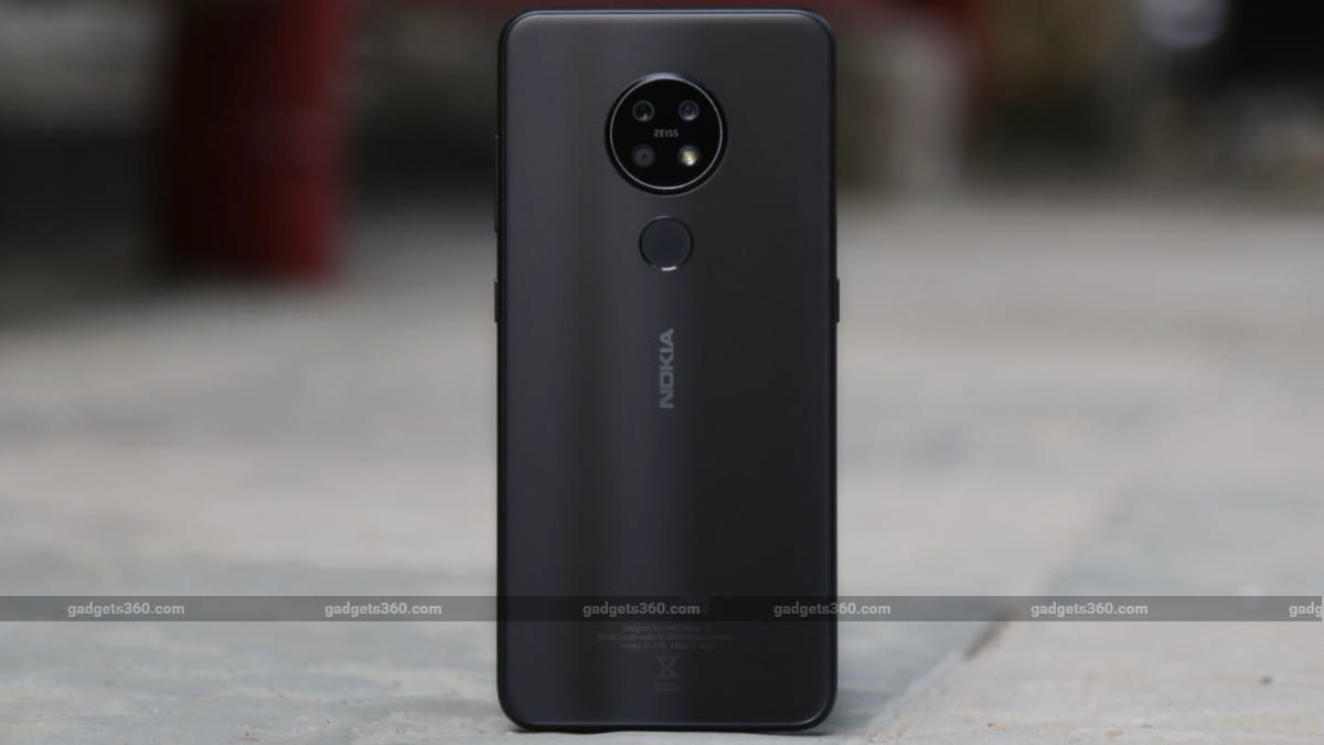 nokia 72 back standing Nokia 7.2