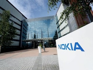 Nokia's Mobile Networks Head Quits, to Split Services Business
