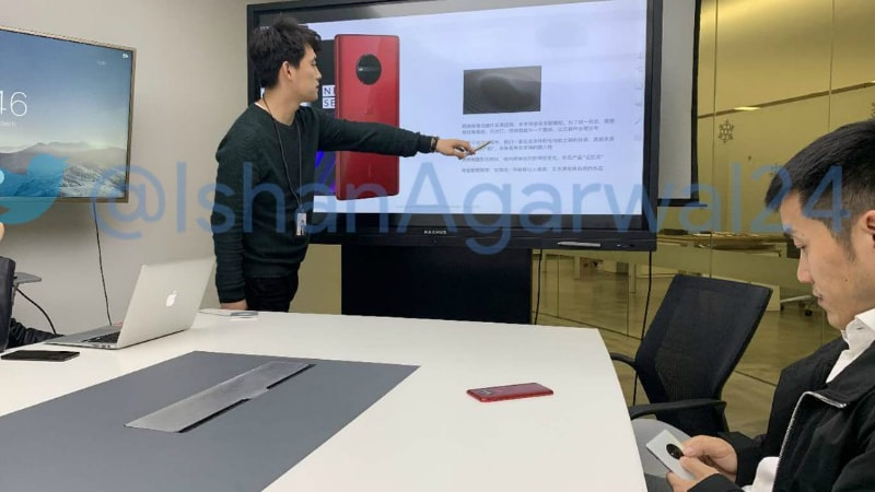 OnePlus Smartphone Design Leaked in Live Photo, May Be OnePlus 5G Phone or OnePlus 7