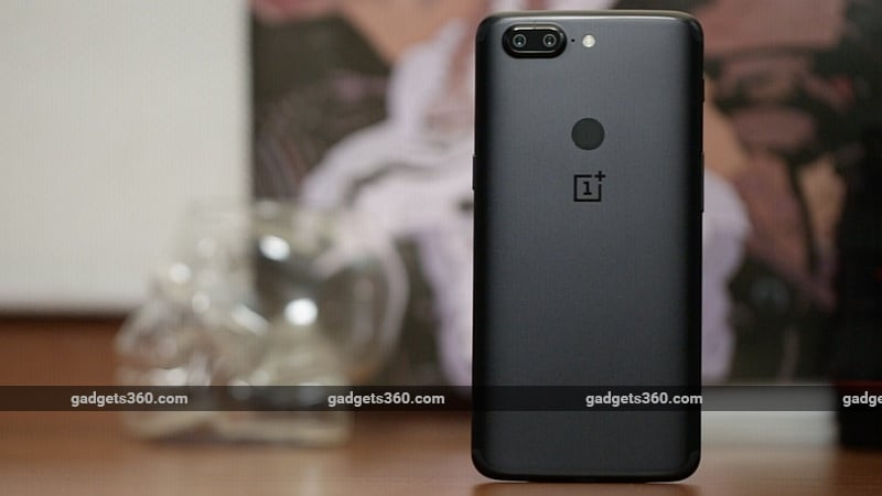 oneplus 5t back gadgets 360