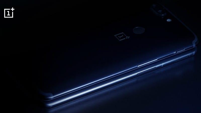 OnePlus 6  होगा OnePlus 5T से कितना अलग? टीज़र से मिला इशारा