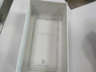 OnePlus 6T का रिटेल बॉक्स लीक, वाटरड्रॉप डिस्प्ले हो सकता है इसमें
