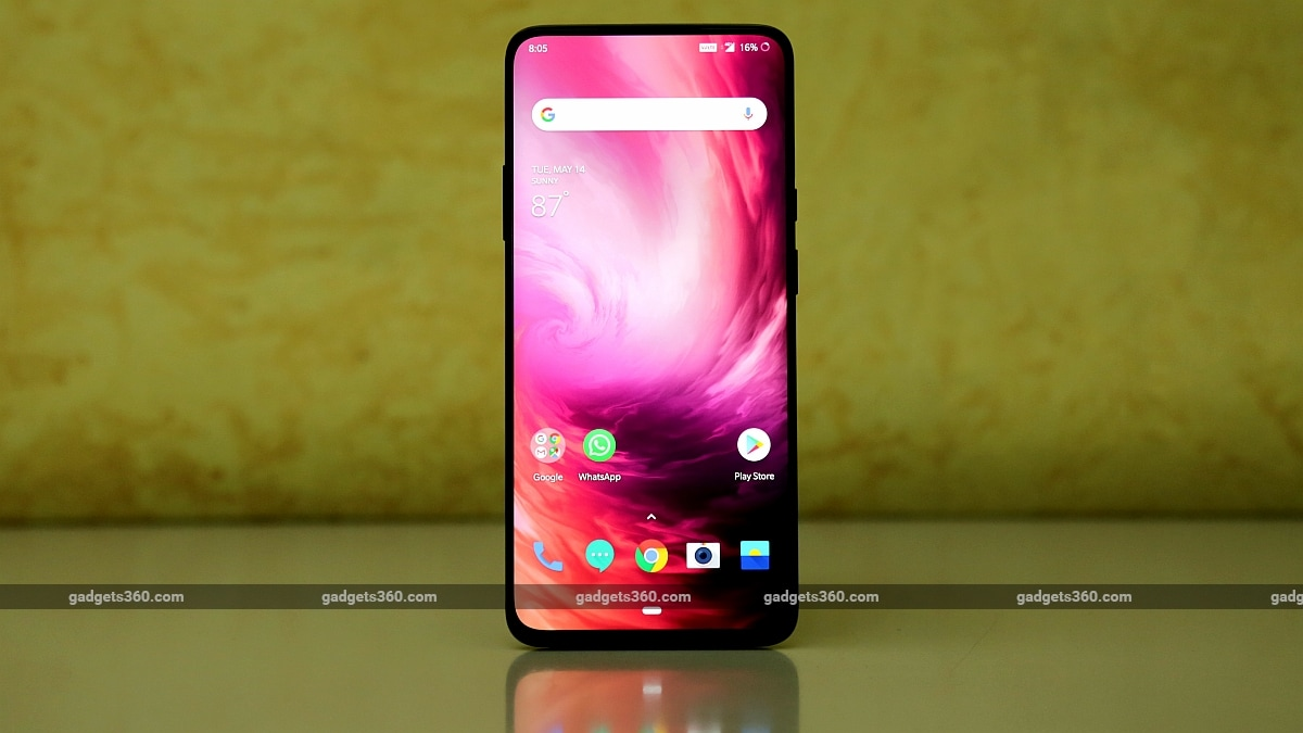OnePlus 7 Pro Gets First Software Update; Adds April Android Security Patch, DC Dimming, and Other Notable Features