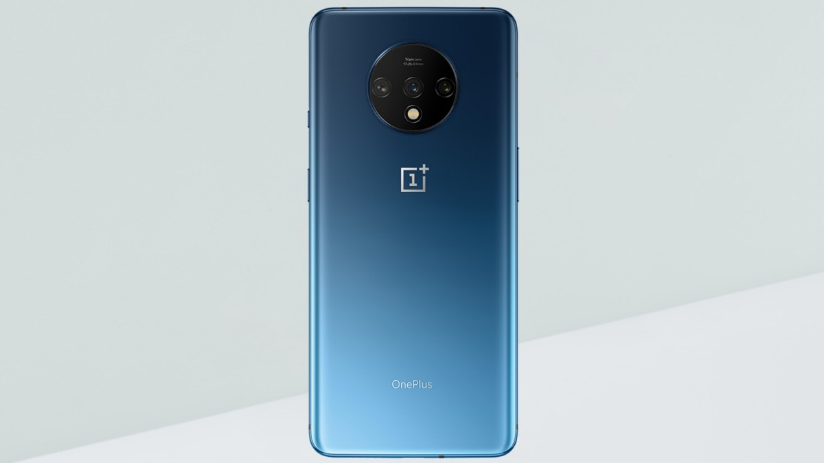 OnePlus 7T Official Renders Revealed, Show Matte Finish, Triple Rear Cameras, and Gradient Design
