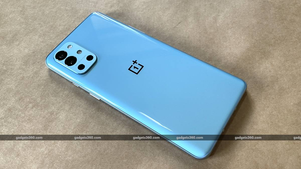OnePlus 9R Gets Hotfix for Battery Drain Issue in India