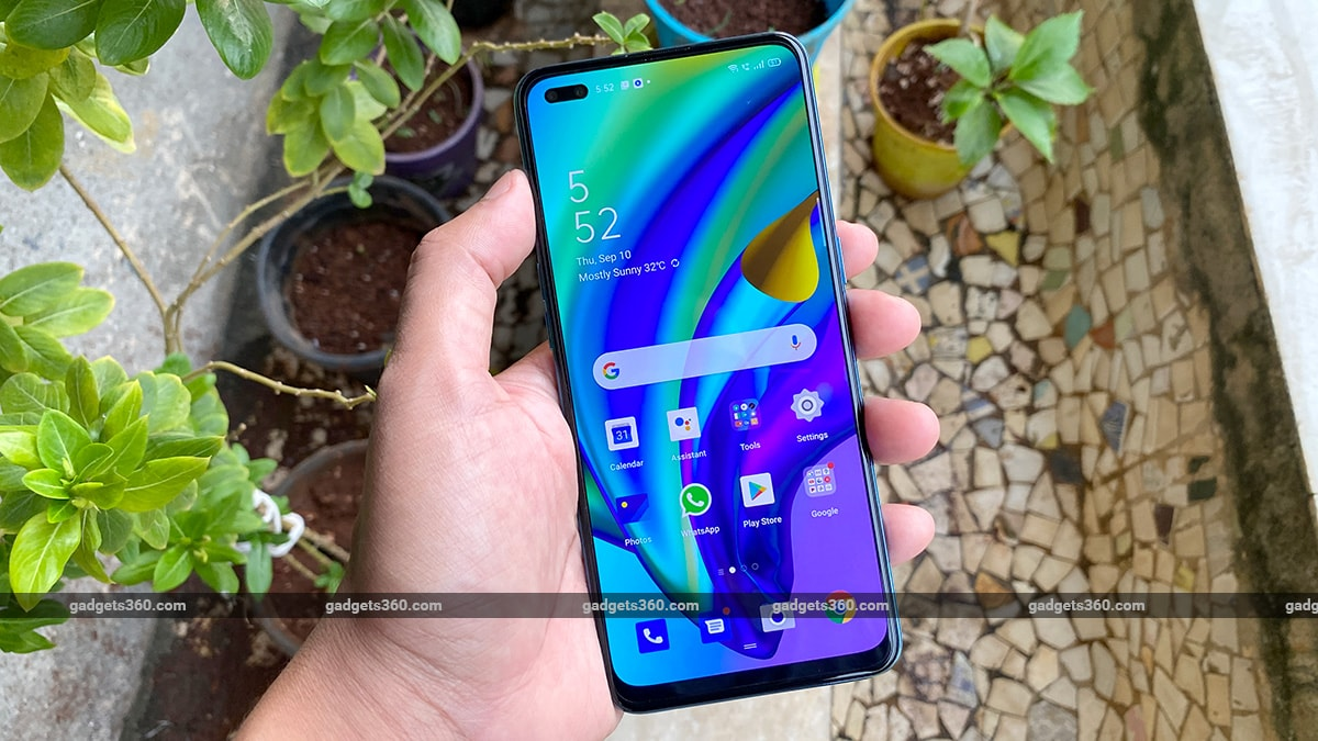 oppo f17 pro review hand screen Oppo