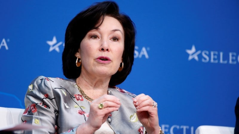 Oracle Co-CEO Catz Expects Acceleration in Cloud Business