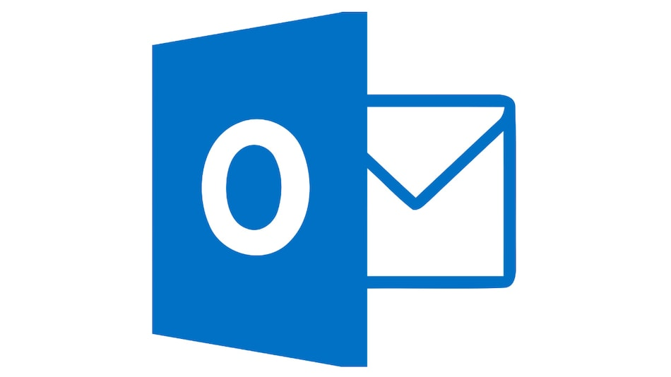 Microsoft Is Making It Easier to Transfer Files From Outlook to Teams With Drag and Drop