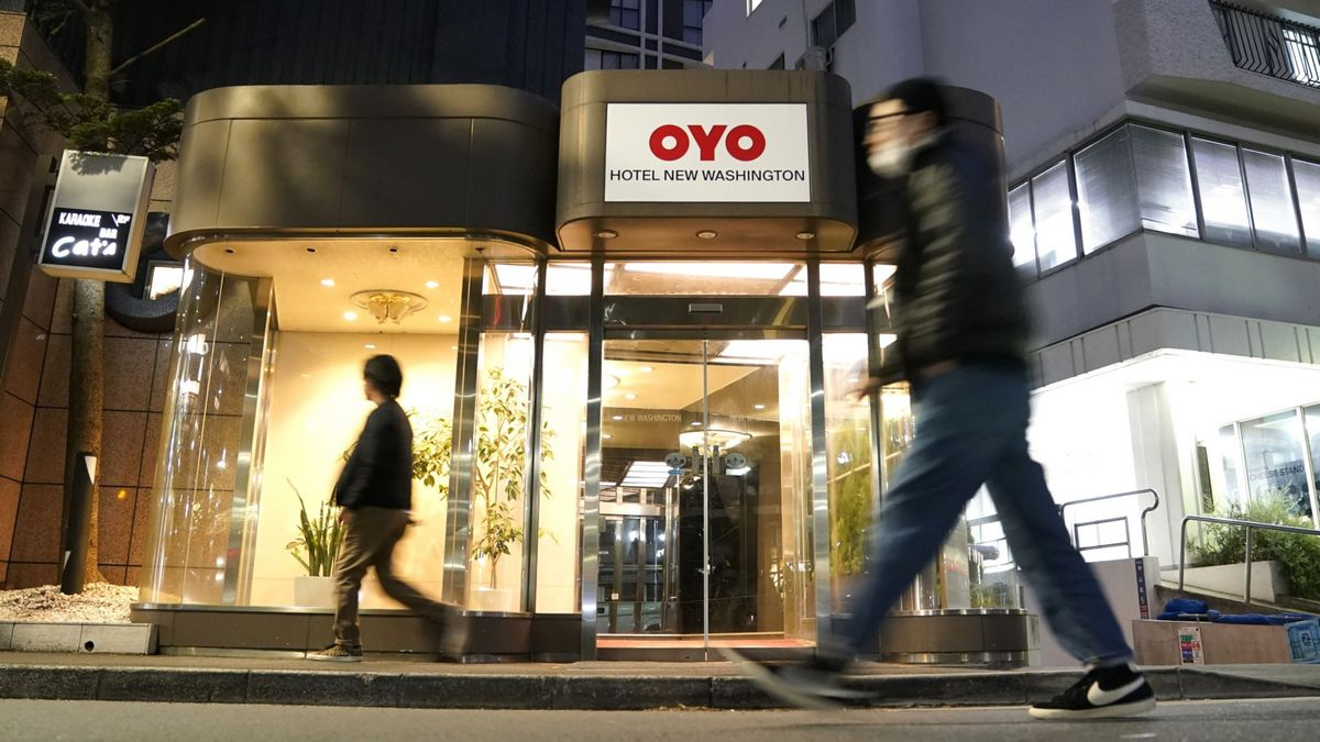 Oyo Said to Cut About 5,000 Jobs in Overhaul to Boost Profitability