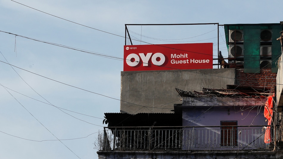Oyo Said to Cut Pay of All Employees in India
