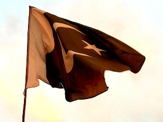 Google, Facebook, Twitter, More Tech Giants Threaten to Leave Pakistan Over Censorship Rules