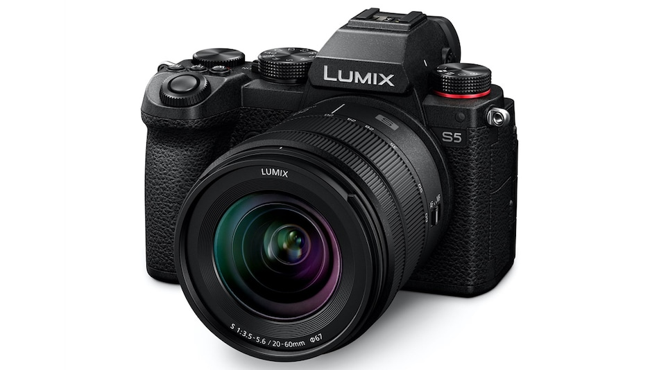 Panasonic Lumix S5 Compact Full-Frame Mirrorless Camera With 24-Megapixel Sensor, 5-Axis IBIS Launched