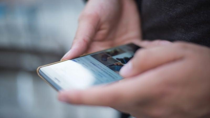 Vivo जल्द लॉन्च कर सकती है अंडर डिस्प्ले फिंगरप्रिंट सेंसर वाला स्मार्टफोन