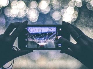 192 मेगापिक्सल कैमरे वाले स्मार्टफोन को अगले महीने लॉन्च किए जाने का दावा