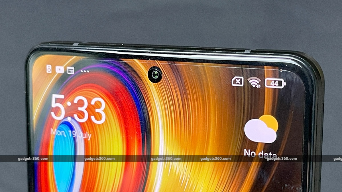 poco f3 gt amoled display Poco F3 GT First Impressions