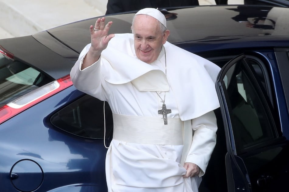 Pope Francis to Get a Pure Electric 'Popemobile' from US Automaker Fisker