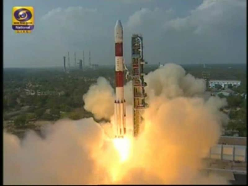 Telangana CM congratulates ISRO for successful launch of PSLV C37