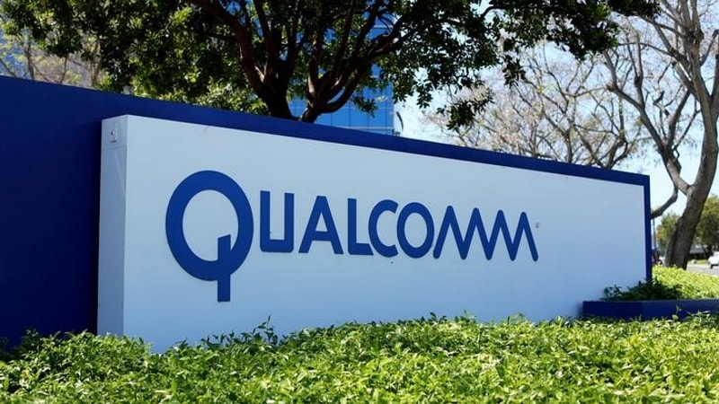 Qualcomm Said to Draw Up Plans to Rebuff Broadcom's $103-Billion Offer
