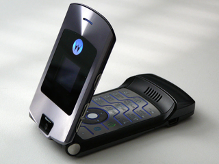 Motorola Razr की होगी वापसी, इस बार फोल्डेबल स्मार्टफोन वाले अवतार में
