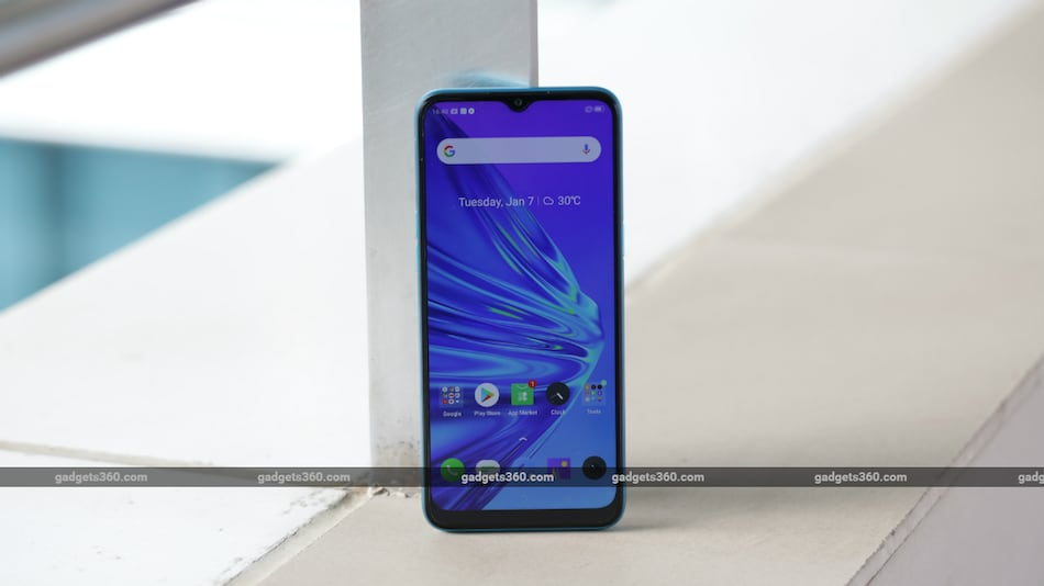 Realme 5, Realme 5i, Realme 5s Start Receiving Realme UI Update with Android 10 in India