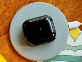 Realme Buds Air हो सकता है वायरलेस चार्जिंग सपोर्ट से लैस