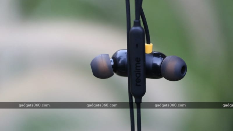 Realme Buds, Mi Earphones, or Others: Which Are the Best Headphones Under Rs. 1,000?