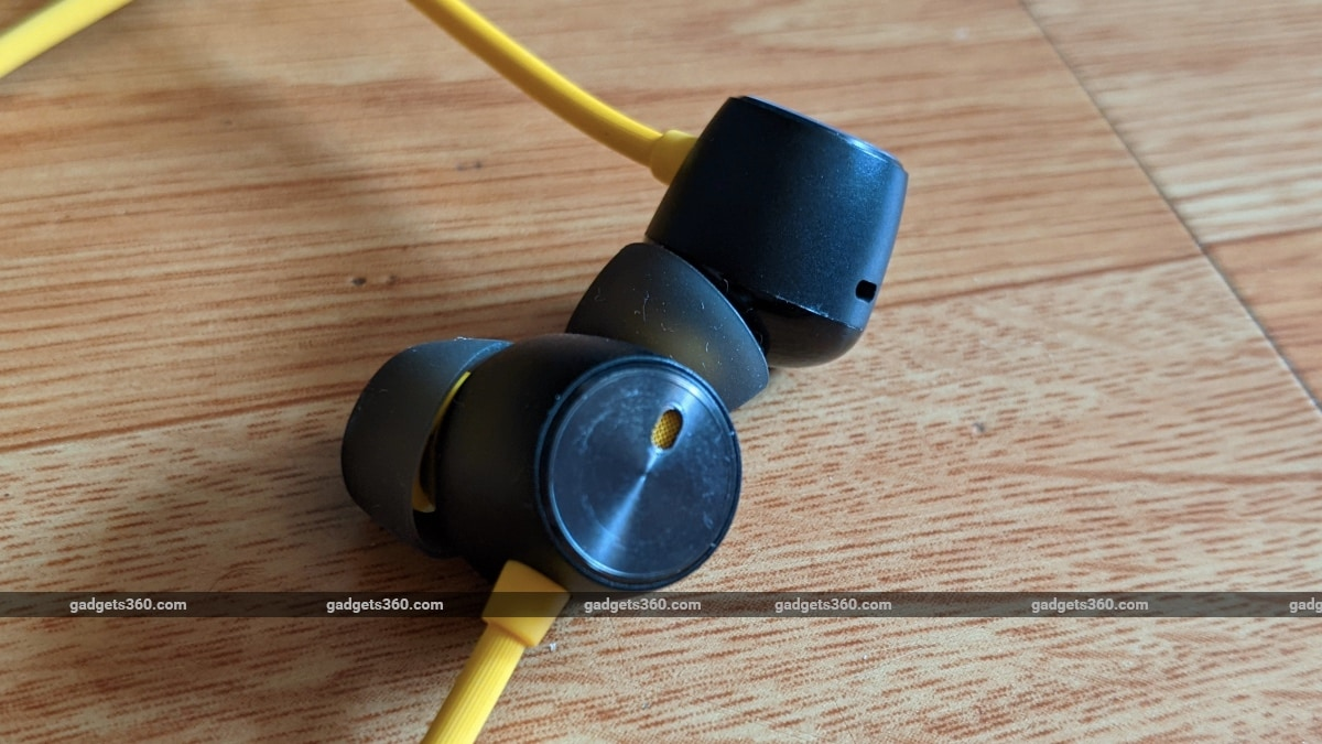 realme buds wireless pro review earpieces Realme  Realme Buds Wireless Pro