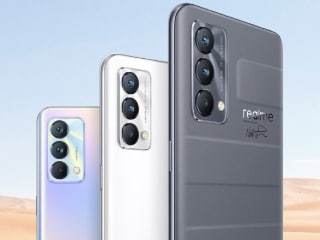 Realme GT Master Edition May Get MagDart Magnetic Wireless Charging Support, Leaked Images Suggest