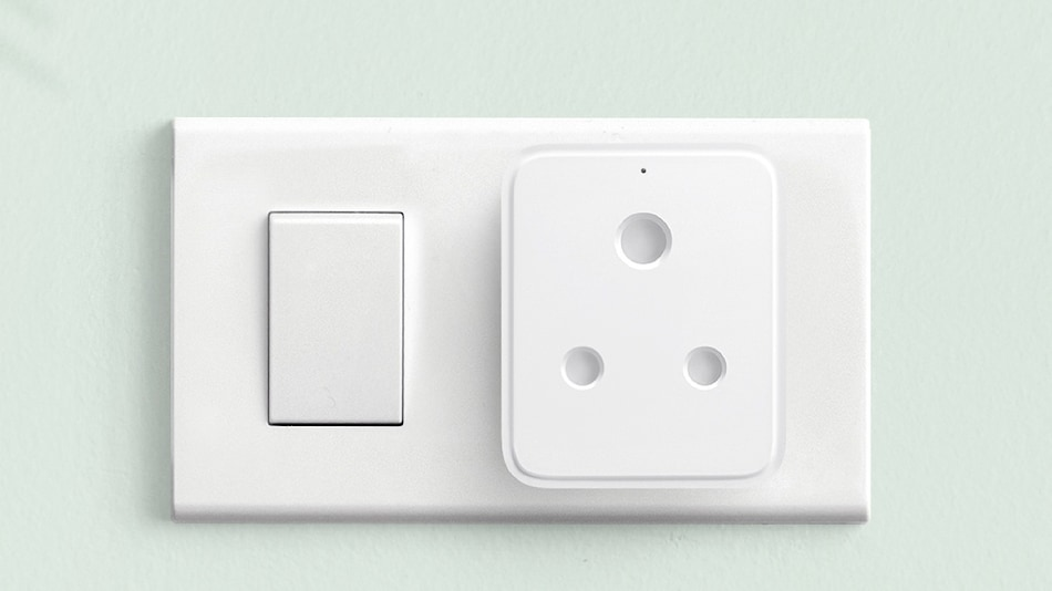 Realme Smart Plug With Remote Wi-Fi Control Launched in India, Priced at Rs. 799