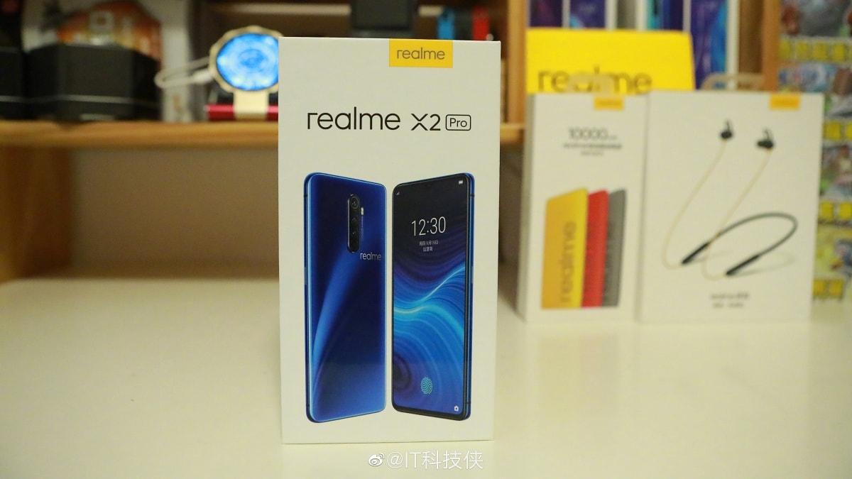 30 মিনিটে সম্পূর্ণ চার্জ হবে Realme X2 Pro ফোনের ব্যাটারি, ফিচারগুলি দেখে নিন
