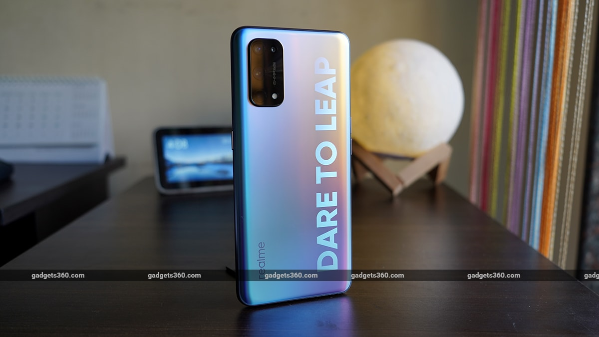realme x7 pro 5g review cover ss