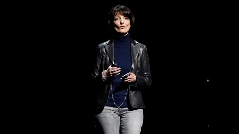 Facebook's Building 8 Chief, Regina Dugan, to Step Down Next Year
