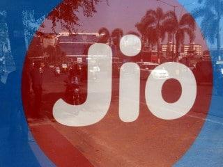 Jio के 336 दिनों वाले रिचार्ज प्लान में मिल रहा है 504GB डेटा और अनलिमिटिड कॉलिंग, जानें कीमत