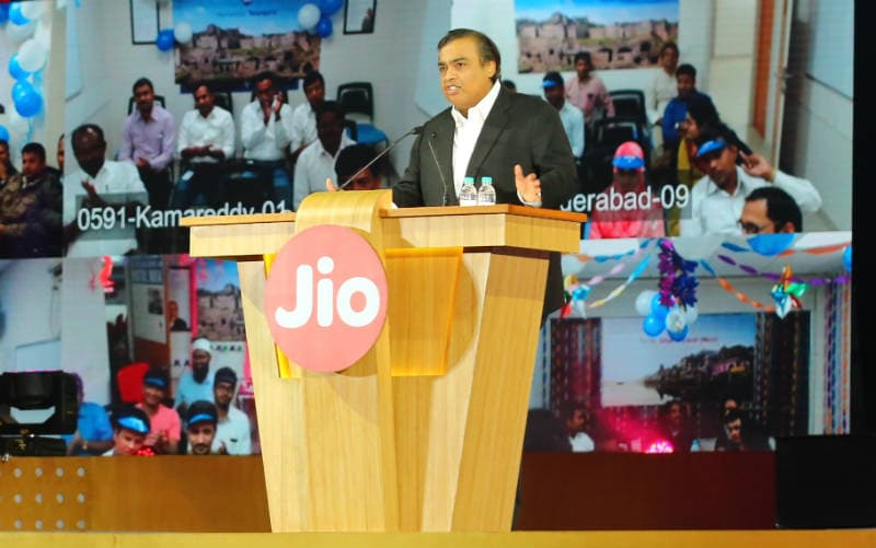 Reliance Jio Happy New Year Offer Kicks In; High-Speed Data Cap Set at 1GB Per Day
