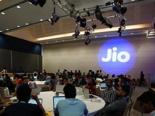 Jio Revises 4G Data Vouchers With Additional High-Speed Data, Non-Jio Voice Calling Minutes