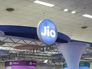 Jio 4जी एलटीई डाउनलोड स्पीड में अब भी एयरटेल से पीछेः रिपोर्ट