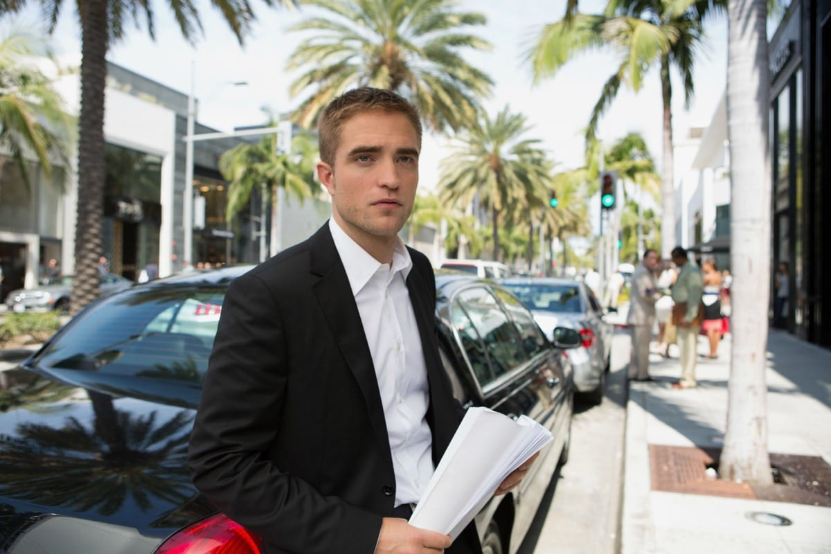 Robert Pattinson's The Batman Not an Origin Story, but a Bruce Wayne 'Trying to Find His Footing'