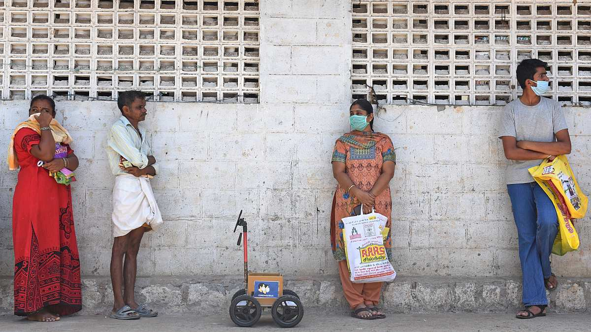 Coronavirus: Robot Shopper Helps Indian Engineer Maintain Social Distancing