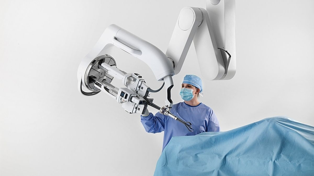 Amid COVID-19 Pandemic, Robot Assisted Surgeries Could Make Hospital Visits Safer