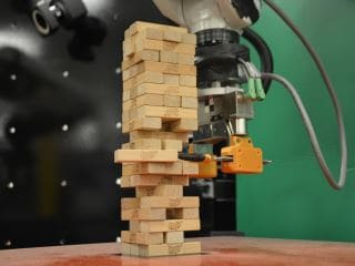 MIT Develops Robot That Combines Senses to Play Jenga