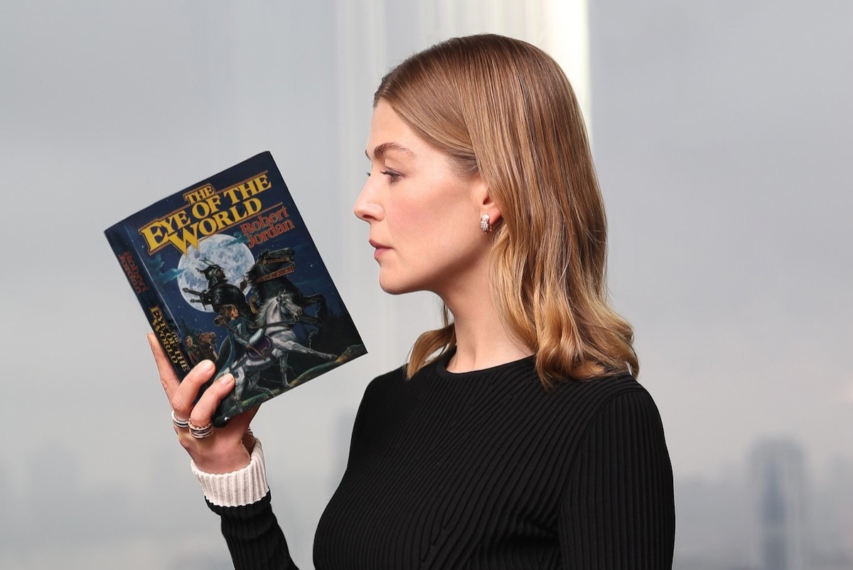 Rosamund Pike Cast in Lead of The Wheel of Time Amazon Prime Video Series
