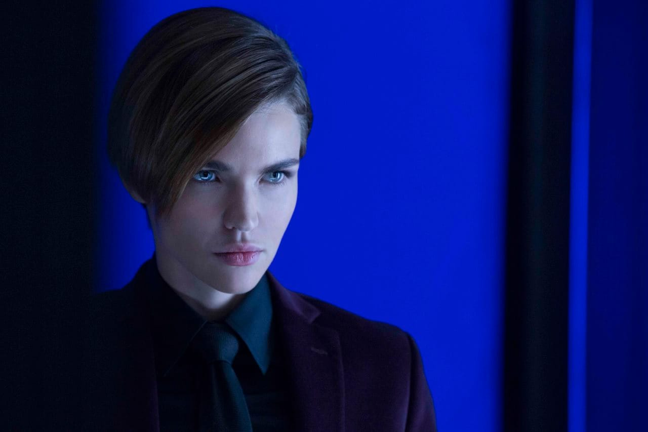 Batwoman: Ruby Rose Cast as Lesbian Superhero for DC's Arrowverse