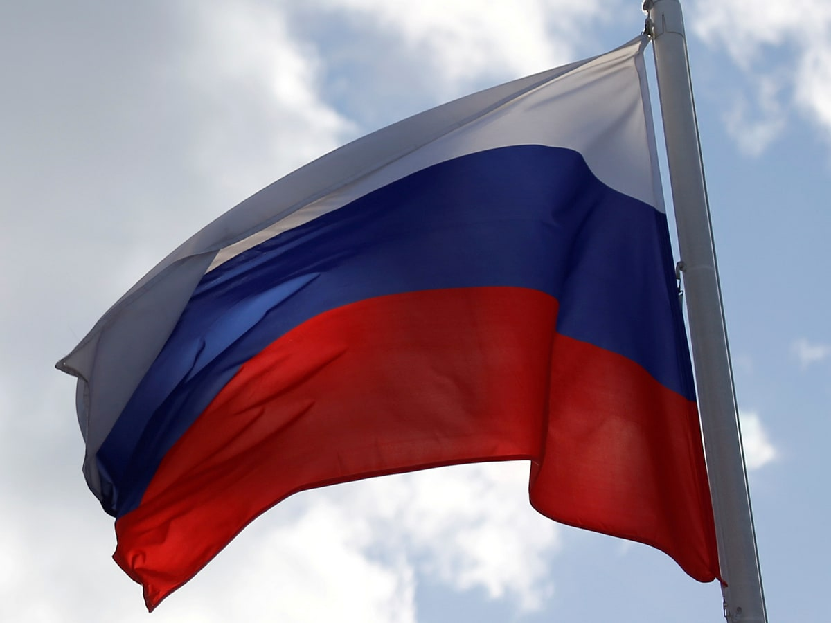 Russian Lawmakers Back Push to Make Local Apps Mandatory on Smartphones