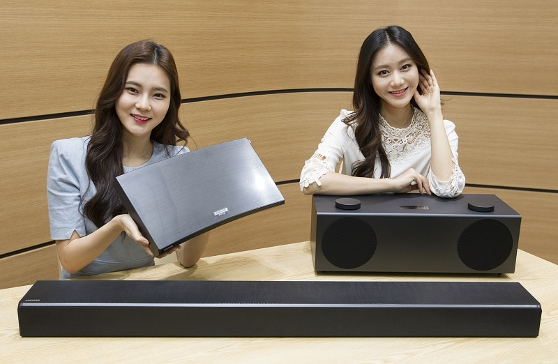 Samsung Unveils Wireless Speaker, Sound Bar, UHD Blu-ray Player, and Robot Vacuum Ahead of CES 2017
