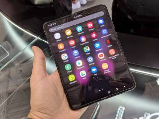 Samsung Galaxy Fold Hands-On: How Samsung 'Fixed' Its Foldable Phone