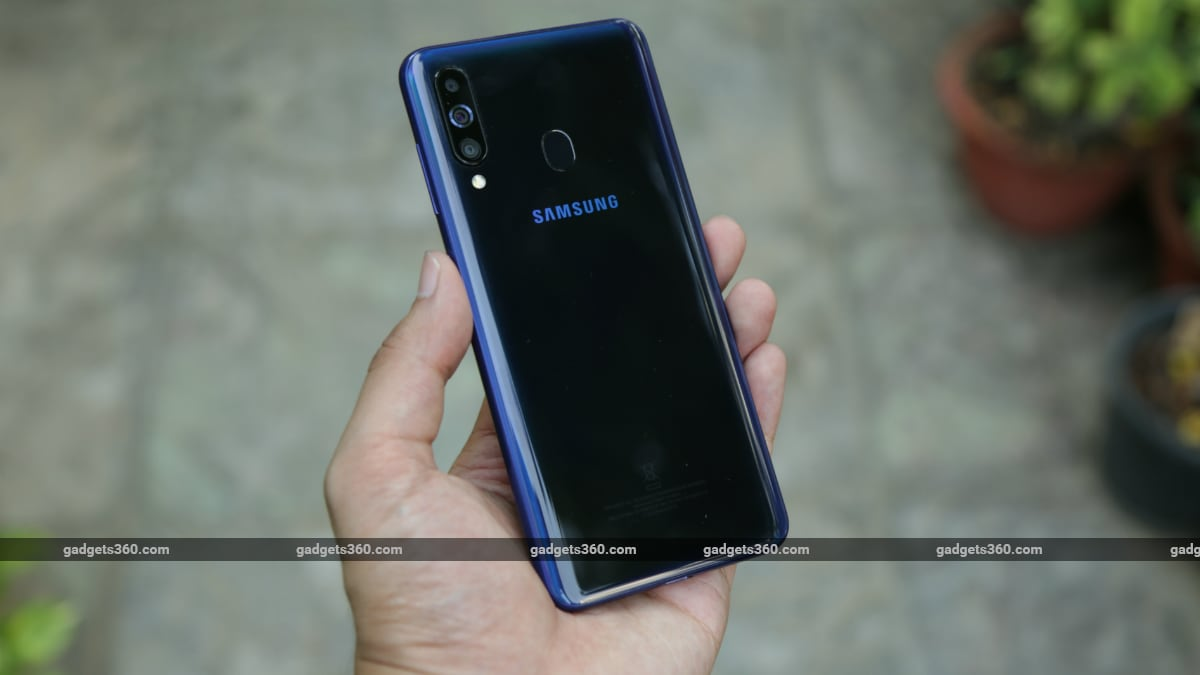 Samsung Galaxy M40 to Go on Sale in India Today: Check Price, Specifications, Offers