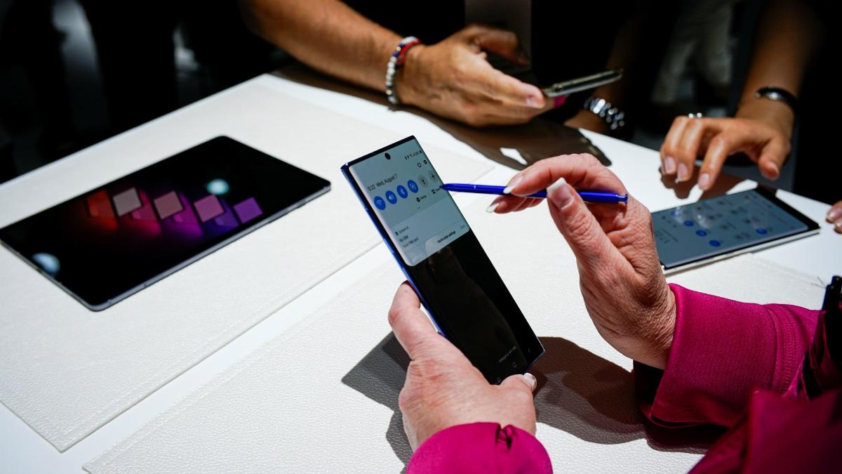 বিক্রি শুরু হল Samsung Galaxy Note 10 আর Note 10+: দাম, স্পেসিফিকেশন ও লঞ্চ অফার
