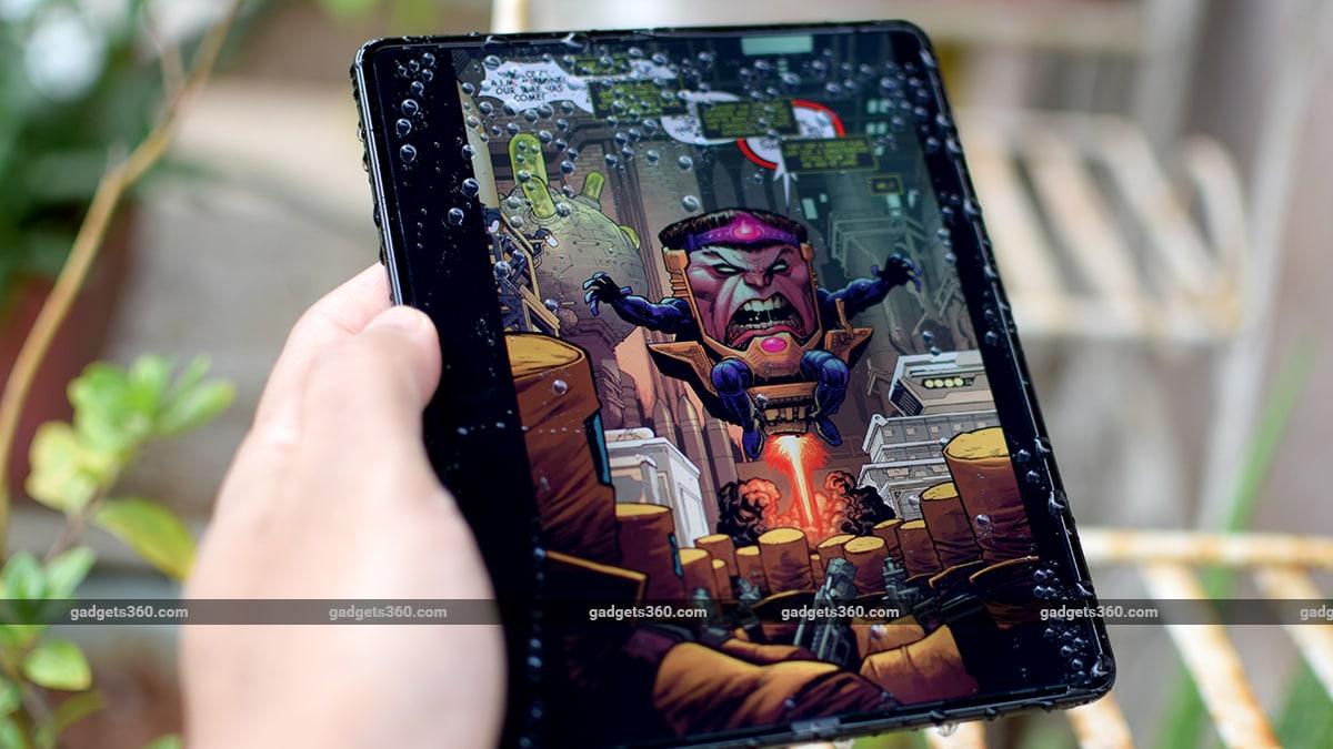 samsung galaxy z fold 3 review comic book gadgets360 ww