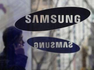 Samsung Galaxy A50 Photo Leak Tips Triple Rear Camera Setup, In-Display Fingerprint Sensor